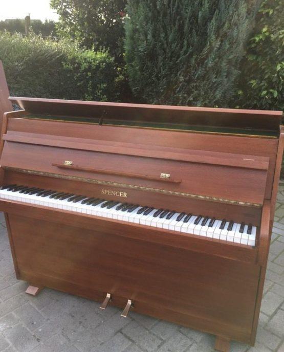 Spencer piano | belfastpianos.com