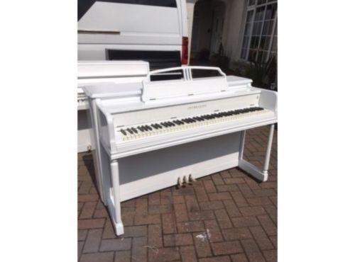 Gulbranson white piano | belfastpianos.com
